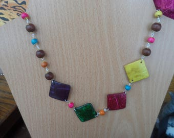 Colorful wooden ethnic necklace