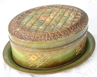 Hard to Find Vintage Dutch Oval Tin with Matching Tray, Flower and Grid Decor