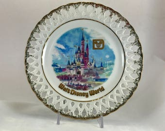 Vintage Wal Disney World Plate/Walt Disney World Souvenir Plate/Disney Collectibles
