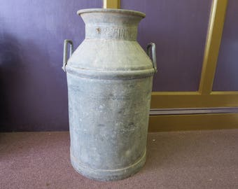 Vintage Gulf Refining Co. 10 Gallon Oil Can
