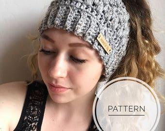 MESSY BUN HAT pattern, Crochet Hat Pattern, Crochet Pattern, PonyTail Hat, Messy Bun Beanie, Bun Hat Pattern, Winter Hat Pattern