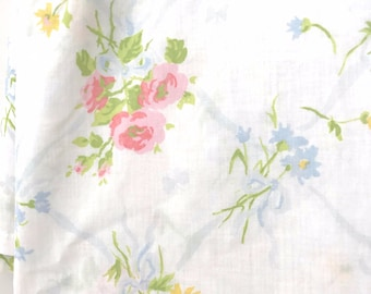 Vintage White Floral Twin Flat Sheet, Vintage Bedding, Mix and Match Flat Twin Size Sheet