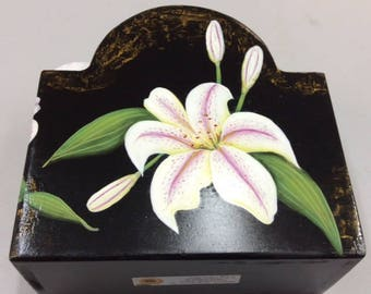 Napkin Holder Decorated with White Tiger Lillies