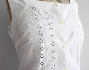 Vtg 50's White Cotton Blouse