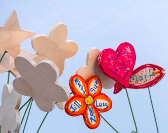 Wood Flower Design Bouquets that You Color