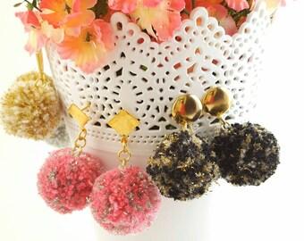 BOHO EARRINGS POMPOM - Handmade Pompoms earrings -Gift for her - Women's favor - Gold field earrings - Colorful earrings - lightweight
