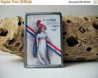 ON SALE Vintage 1950s Silver Tone Glass Frame Independence Pin 121016