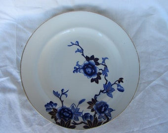 Antique flow blue plate,  Royal Worcester ? Arts and Crafts transfer ware deep blue and white pottery plate with gilding from 1800's. 10.6""