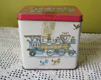 Vintage Tin Train box of chocolates / Vintage Tin Train box of chocolate