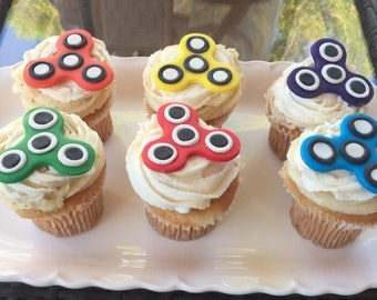 12 Fidget Spinner cupcake toppers