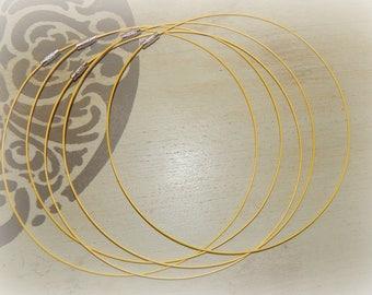 3 twist clasp yellow cord with screw