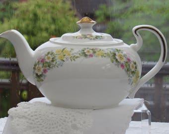 Vintage Teapot, Bone China Teapot, Floral Teapot, Flower Garland, Large Teapot