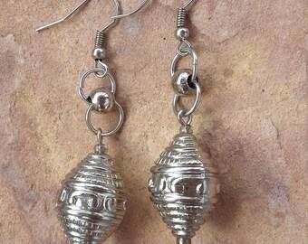 Silver,metal,textured,beaded,handmade,elegant,fashion,modern,trendy,stylish,mimimalist,small,light,dangle drop,xmas,new year,party,earrings