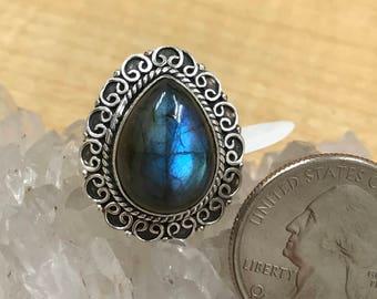 Beautiful Labradorite Ring, Size 7 1/2