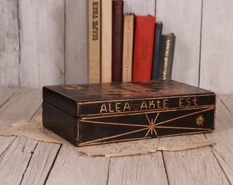 Black wooden box - Pencil box with hand-glued design of natural straw - Handmade wooden box - Jewelry box - Vintage box - Box with ship