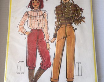 "UNOPENED French Vintage Sewing Pattern ""Patron de Paris 10781"" 80's Children trousers pants knickers multisized in 8/10/12 years"