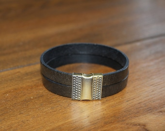 Bronze/Black metallic Italian Leather bracelet with antique bronze magnetic clasp