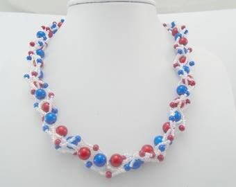 Red White and Blue Necklace, 4th July Hand Beaded Necklace, Bead weave Necklace, Patriotic Necklace, Beaded Necklace, Statement Necklace