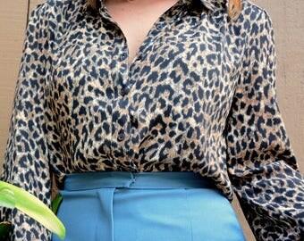90s vintage Ann Taylor leopard button down collared blouse size S M L
