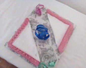 2 x Vintage, Handkerchiefs, wedding handkerchiefs, baby handkerchiefs, gift, lace handkerchief, crocheted handkerchief, top coaster