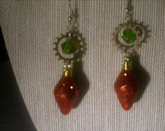 A touch of Yuletide Earrings