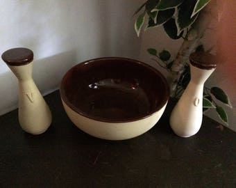 Vintage Antique Watt pottery oil vinegar and salad bowl