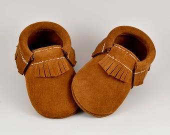 Cinnamon Toast Tan Suede Baby Moccasins Handmade Moccs Genuine Leather Soft Sole Shoes Infants Toddlers Boys Girls Prewalker Shoes