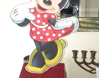 "20""  foot  Minnie mouse centerpiece"