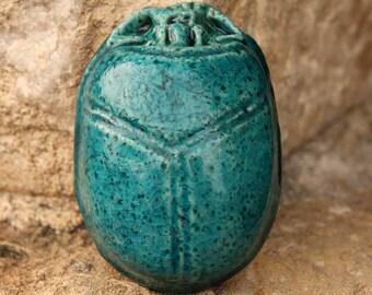 Le Scarabée Égyptien, mystérieux porte-bonheur