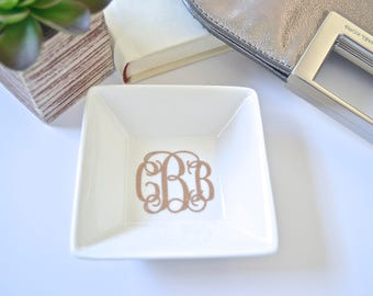 Personalized Ring Dish, Monogram Ring Holder, Ring Dish, Bridesmaid Gift, Engagement Gift, Wedding Gift