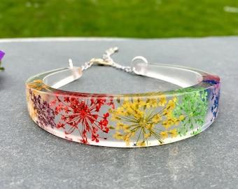 Rainbow flower bracelet-resin bracelet-resin bangle-real flower bracelet-resin jewelry-terrarium jewelry-rainbow bangle-forest jewelry