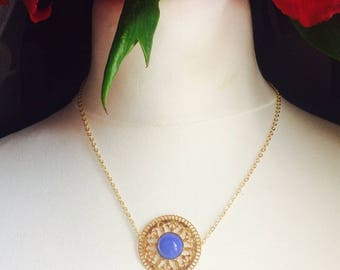 Caution with stamp and the gemstone cabochon - 40 cm - necklace Chic and classy at low prices on bottom gold plated