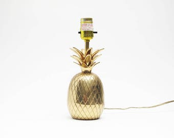 vintage brass pineapple lamp modern home decor Hollywood Regency style