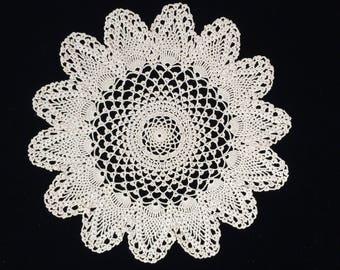 Crochet Doily. Vintage Victorian Pattern Doily. Round Doily. Round Vintage Ivory/Ecru Cotton Lace Doily. Round Crocheted Doily. RBT1861