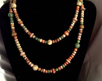Earthtones beaded necklace.Very colorful! FREE shipping in the USA!