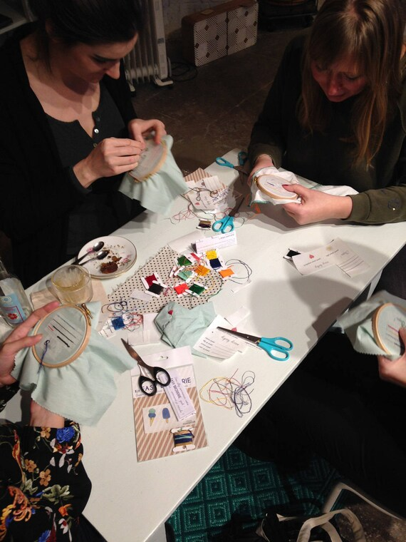 7 October - 3 pm to 5 - for beginners - at Auguste et Penelope - reindeer embroidery shop