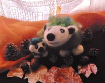 whimsical Pine Cone hedgehogs, wool needle felting, whool, wolle