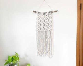 Driftwood Wall Hanging, Macrame Wall Hanging, Jungalow Style, Woven Wall Art, Weaving Wall Hanging, Macrame Wall Art, Living Room Decor