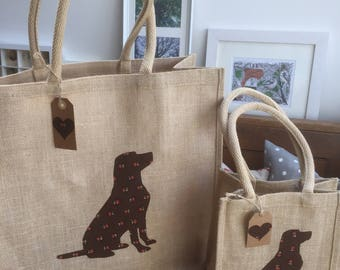 Luxury jute shopping bag featuring a Chocolate Labrador dog design, the perfect gift for Labrador owners and dog lovers alike