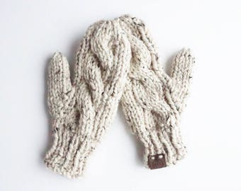 Cable Knit Mittens | Oatmeal