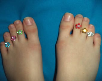 6 Flowers Toe Rings for BOTH FEET, Crystal, Stretchy