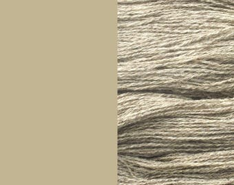 Wool Yarn, undyed light grey, fingering 2-ply worsted pure lambswool 8/2 100g/350m