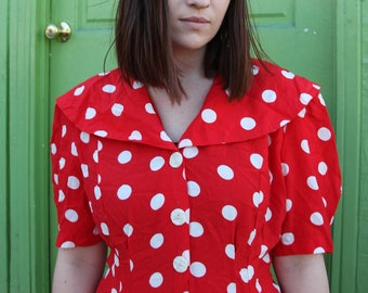 Funky polka dot dress with cool collar vintage red and white size 14