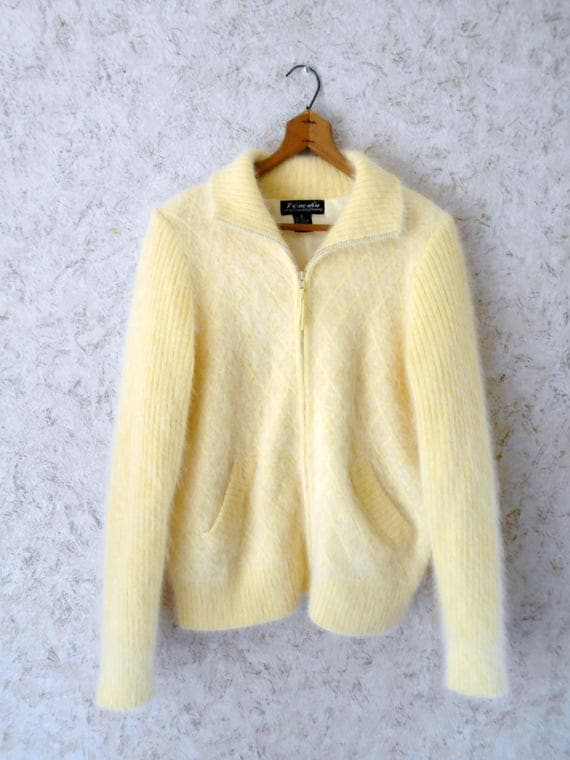 Vintage Venesha Angora Soft Pastel Yellow Sweater Zippered