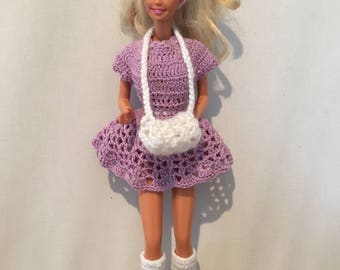 Barbie's Ice Skating Outfit