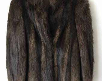 Fascinating Mid Length Vintage Brown Genuine Nutria Fur Coat Unique Look Women's Size Small.