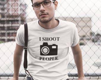 Camera print t-shirt, I Shoot people Camera T-Shirt, Camera Logo Print T-Shirt, I Shoot People T-Shirt, Camera Shoot People T-Shirt.