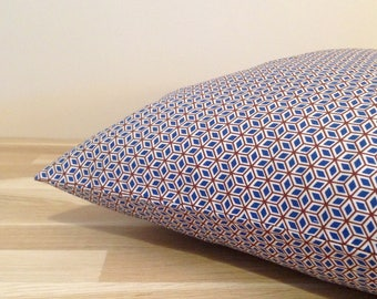 Cushion cover 40 x 40, Brown and blue oriental pattern