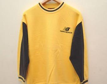 Vintage New Balance Minimalist Logo Sweatshirt Pull Over Sportwear Street Wear Swag Sweater Size L