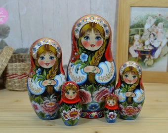 Hand painted nesting doll, Gift for woman, Russian matryoshka, Gift for mom, Hand made wooden babushka in red and blue dress, Folk art
